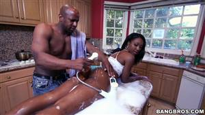 shemale gets ass fucked